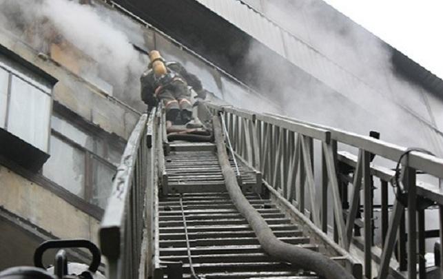 Из пожара в Кургане спасли семь человек
