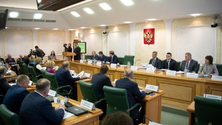 Уберем 157 свалок: Волгоградские депутаты отчитались о реализации нацпроекта «Экология»