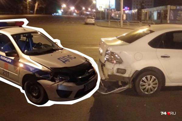 Авария с участием машины ДПС и Volkswagen произошла в сентябре, а суд состоялся на днях