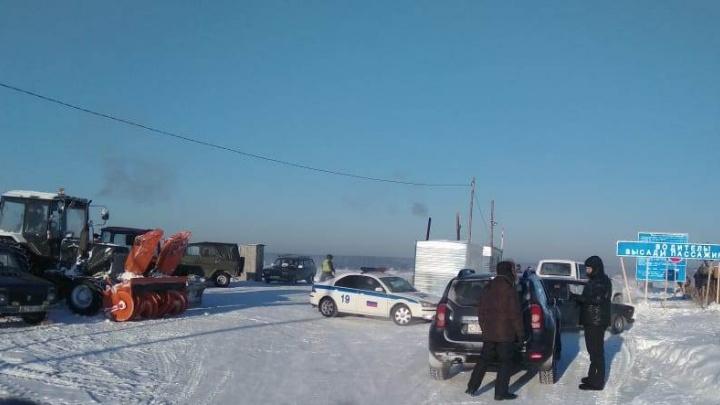Выдержит до 10 тонн: новосибирские ледовые переправы стали крепче в два раза
