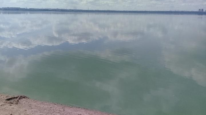 «Отдыхала с родственниками»: в челябинском озере утонула девятилетняя девочка