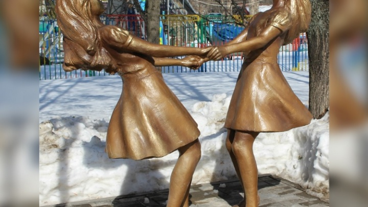 В парке имени Якутова появились две новые скульптуры