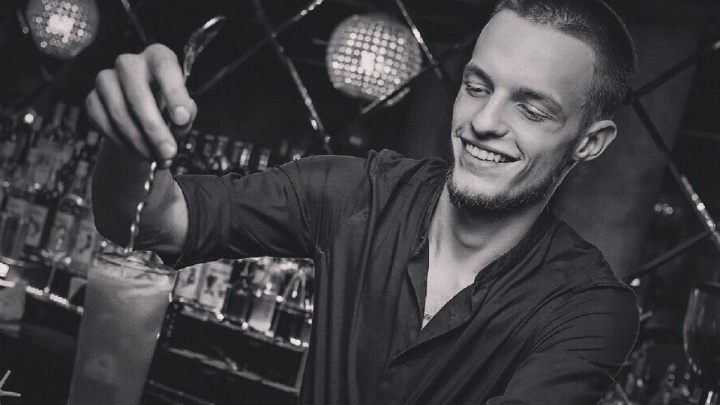 Пропавший в Екатеринбурге бармен оказался наркоманом, сбежавшим от суда
