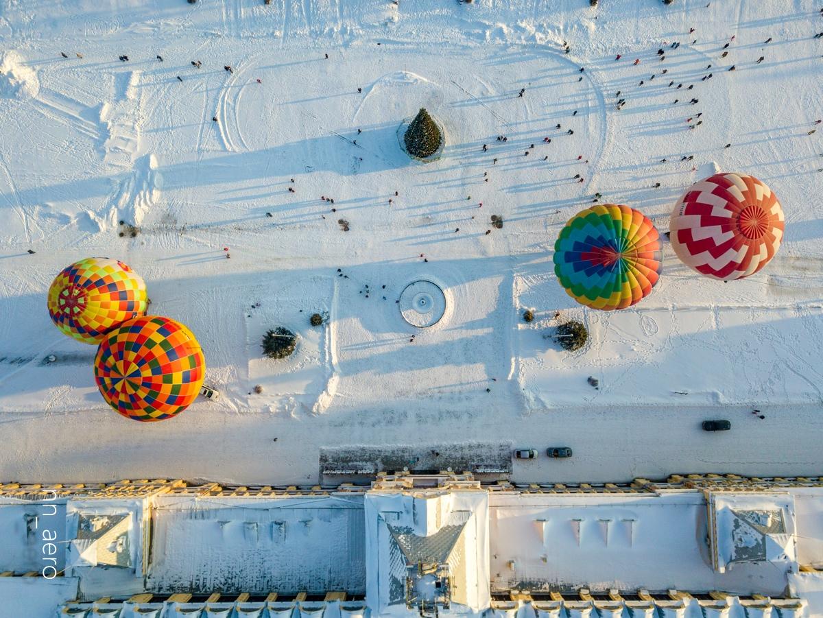 Фото дня. Нижегородская ярмарка взглядом воздухоплавателя