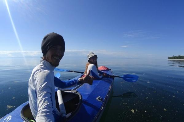 Полина Куприянова и Степан Дмитриев полностью обошли самое большое пресное озеро