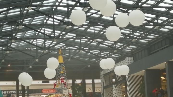 «От эскалатора шёл сильный дым»: в Самаре эвакуировали посетителей ТЦ «Московский»