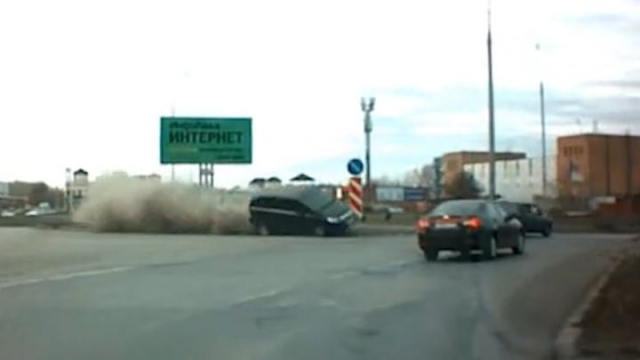 В Тольятти пьяный водитель Opel на встречке протаранил Chevrolet