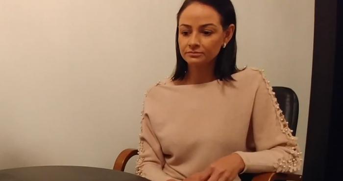 Видеоинтервью с Ольгой Глацких длится почти пять минут