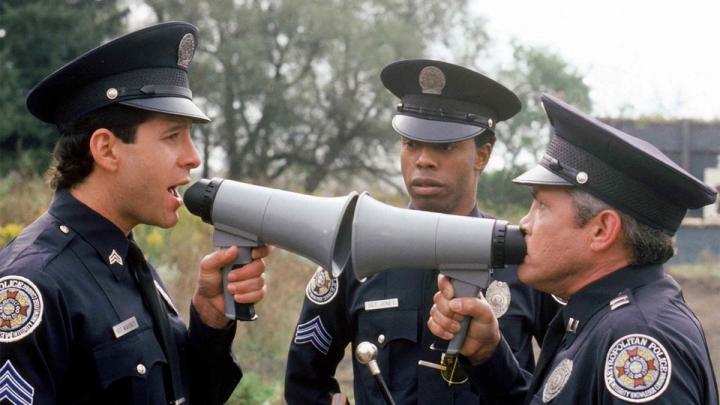 Девять историй полицейских, сюжет которых похож на кино