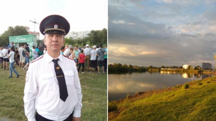 В День города тюменский полицейский спас тонувшую в Туре женщину