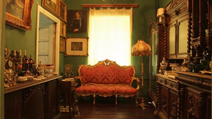 В Ярославле выставили на продажу квартиру-музей с картинами XVIII века