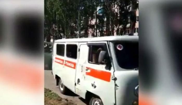 В Башкирии скорая попала в ДТП из-за пешехода