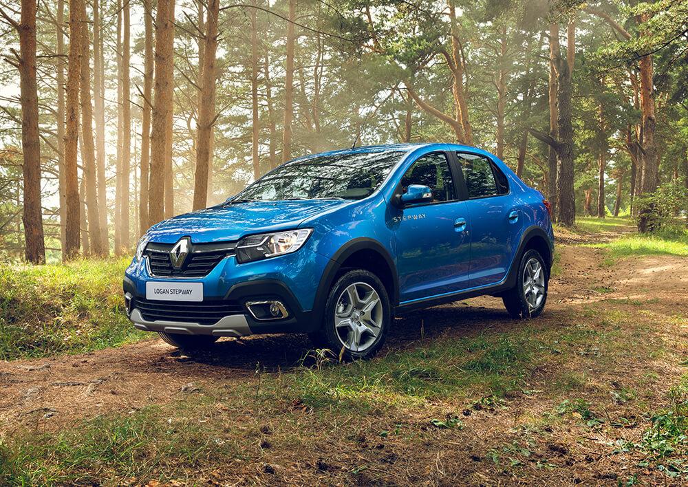 Renault Logan Stepway в новом кузове обзавёлся пластиковыми обвесами