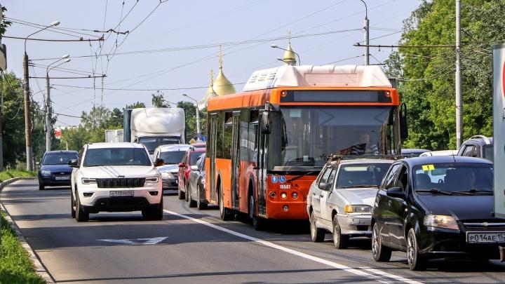 Фото дня. Выделенная полоса для автобусов, говорили они