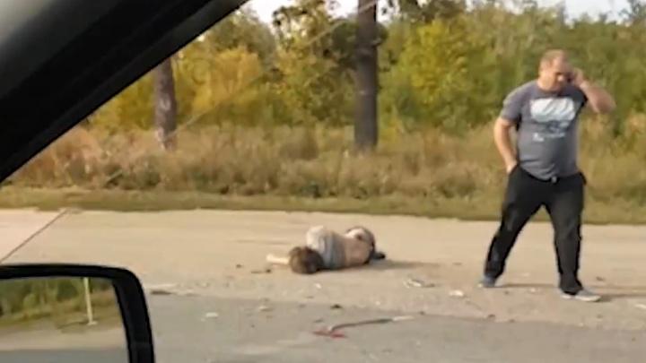 «На обочине лежал человек»: по дороге в аэропорт под Самарой столкнулись две иномарки