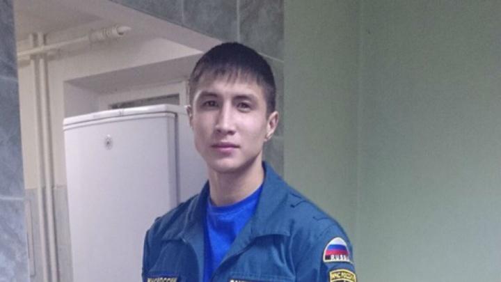 Погибший в Санкт-Петербурге мужчина работал в МЧС