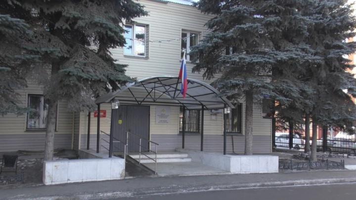 Били по голове: в Челябинске подростки напали на школьника, страдающего ДЦП