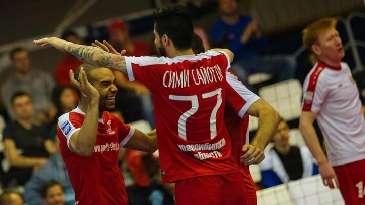 Новосибирский клуб решил продать двух результативных бразильцев
