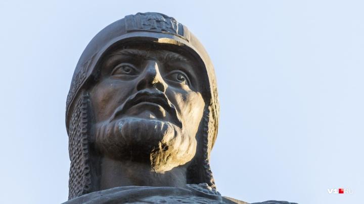 В Волгограде приготовились литургией праздновать День покровителя города — Александра Невского
