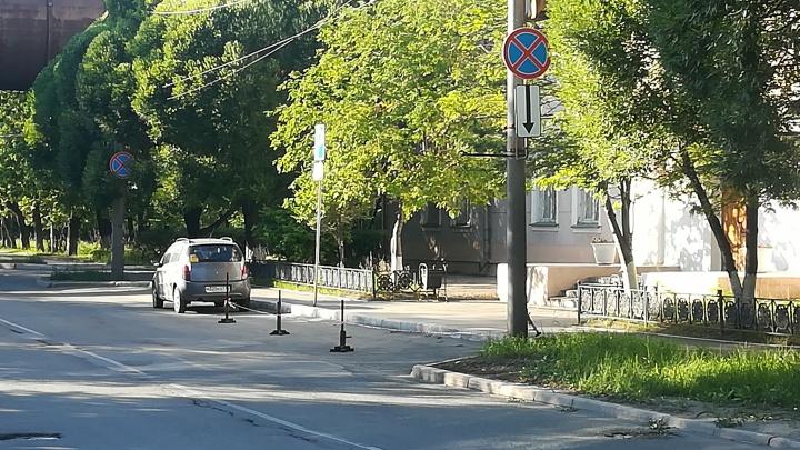 Вызвали МЧС и лишили премии: сотрудник челябинского завода начал войну с начальством за парковку