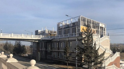 Суд постановил снести кафе на виадуке у Центрального парка