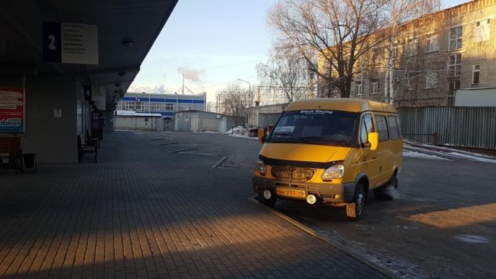 Из-за морозов частично отменены междугородние автобусные рейсы из Кургана в Казахстан