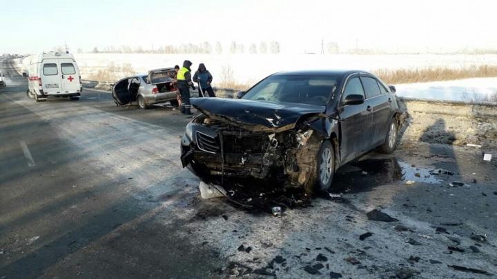"""«Водитель """"Ниссана"""" в тяжёлом состоянии»: вГИБДД рассказали подробности аварии на алтайской трассе"""