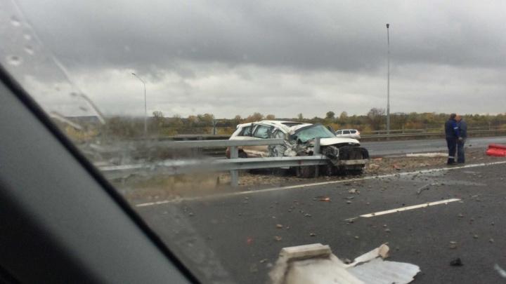 На трассе М-5 под УфойPorsche Cayenne столкнулся с грузовиком
