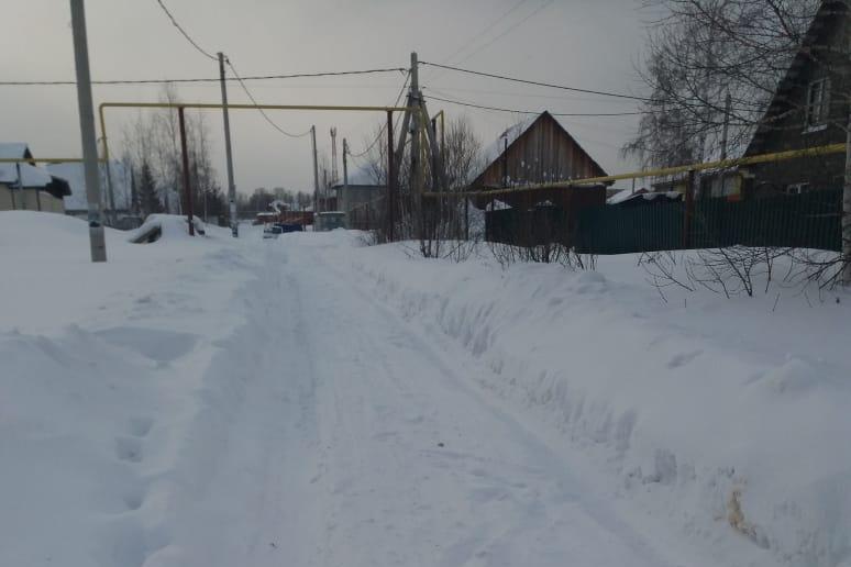 По словам читателя, дороги не убирали с 19 января