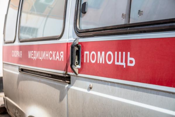 Пострадавших увезли в больницу на скорой