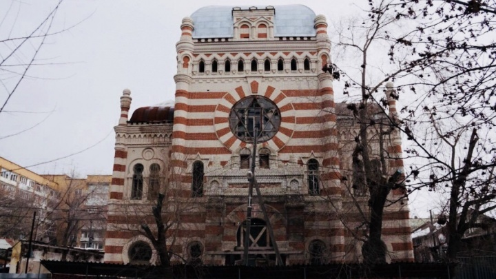 Из-за реконструкции хоральную синагогу в Самаре превратили в теплицу