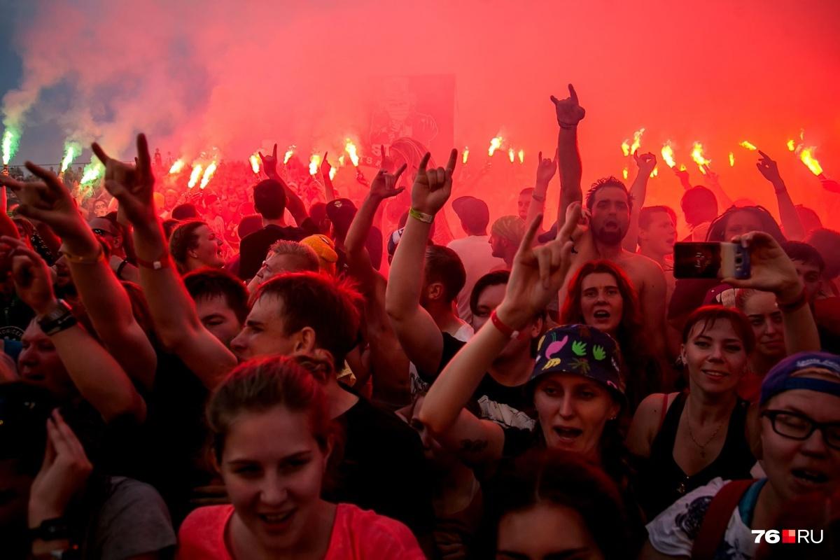 Нет, это не «Грушинка», хотя на бардовском фестивале тоже атмосферно