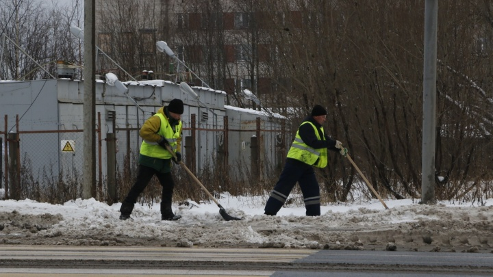 «Снег как пух»: почему ПДУ просит ещё денег за уборку города и за что наказали дептранс Архангельска