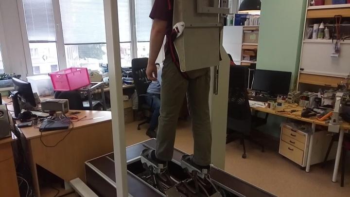 В НГТУ придумали 200-килограммовый прибор для реабилитации после инсульта