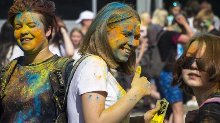 В Архангельске «Потешный двор» отметит день рождения фестивалем красок