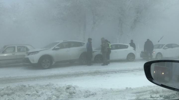 Мчались под парами: в ДТП на Южном Урале пострадали 13 машин