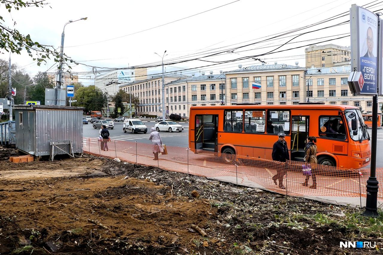 Непонятно, будет ли расширена остановка общественного транспорта