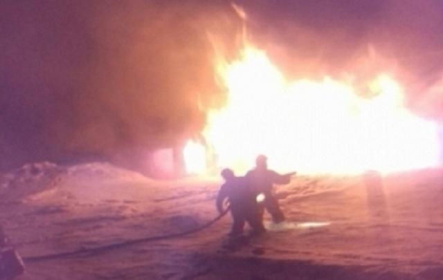 Крупный пожар под Уфой: загорелся склад