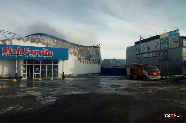 Магазин сгорел практически дотла в апреле