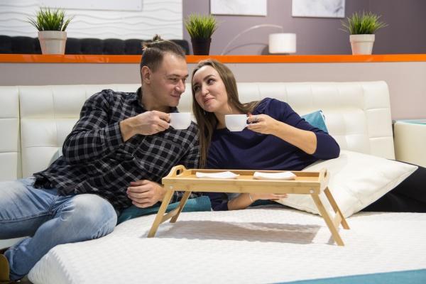 Кофе в постель: тест влюблённых
