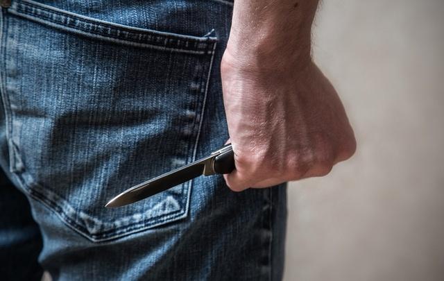 Уфимский подросток порезал сотрудников магазина