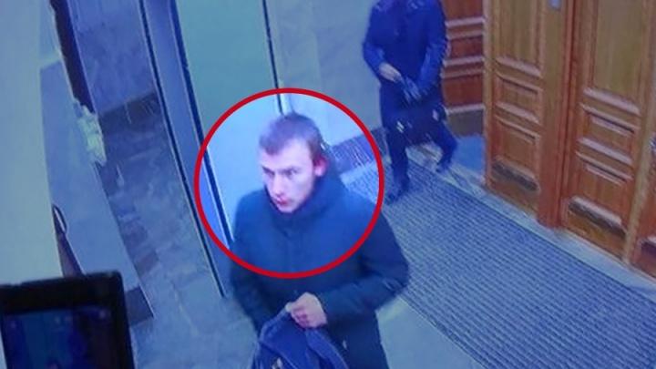 «На уроках молчал, про анархизм не спрашивал»: что говорят о подозреваемом во взрыве в Архангельске