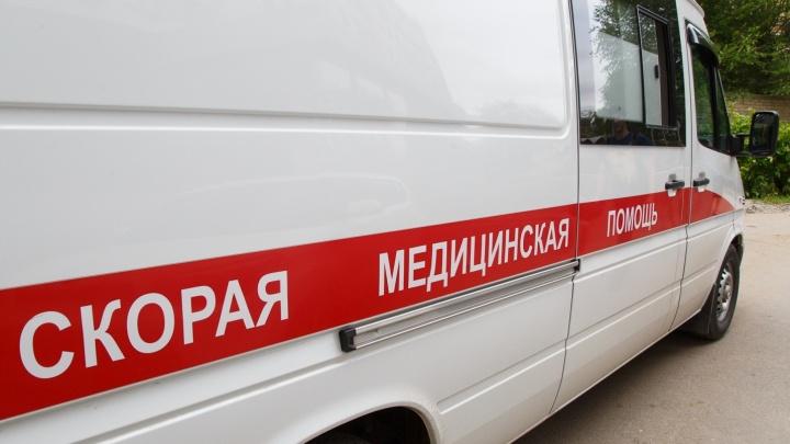 Мужчину насмерть раздавило во время ремонта Lada Granta под Волгоградом