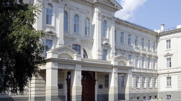 От нуля до ста миллионов: как зарабатывают депутаты омского областного парламента