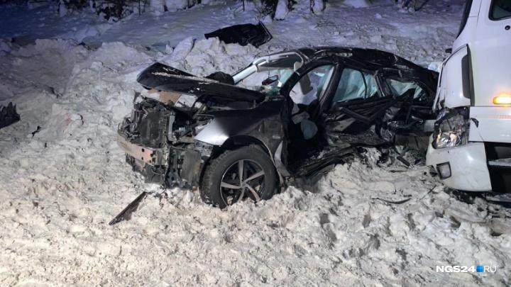 Вторая страшная авария за сутки: семья погибла в искореженном «Ниссане» на юге края