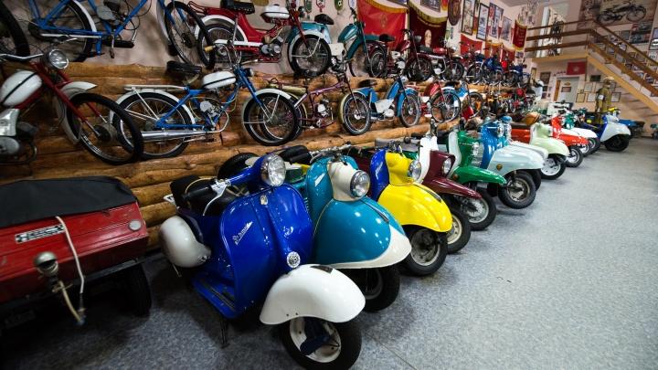 Сотня уникальных мотоциклов: в Екатеринбурге провели фестиваль ретро-мототехники