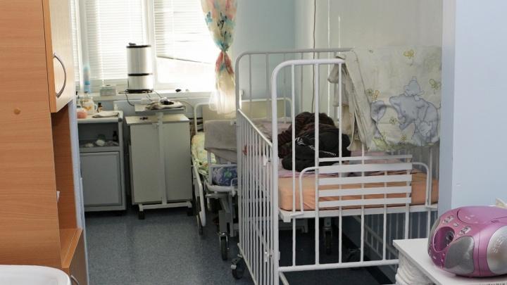 В добрянской больнице от пневмонии умерла месячная девочка. Родители требуют проверить врачей