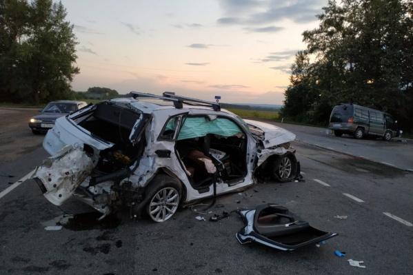 Тяжёлую аварию дальнобойщик из Челябинска устроил в соседней Башкирии несколько дней назад