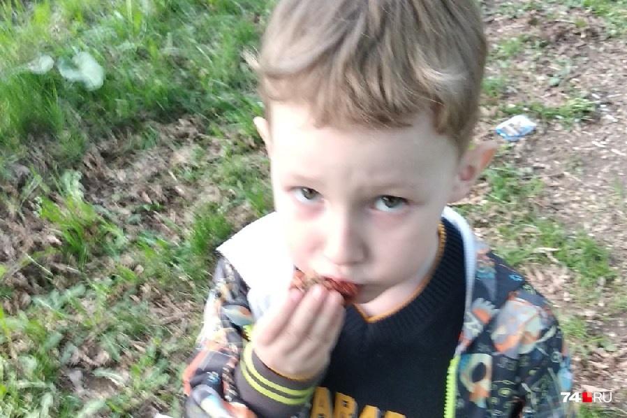 Родители и полиция ищут пятилетнего Мишу уже вторые сутки