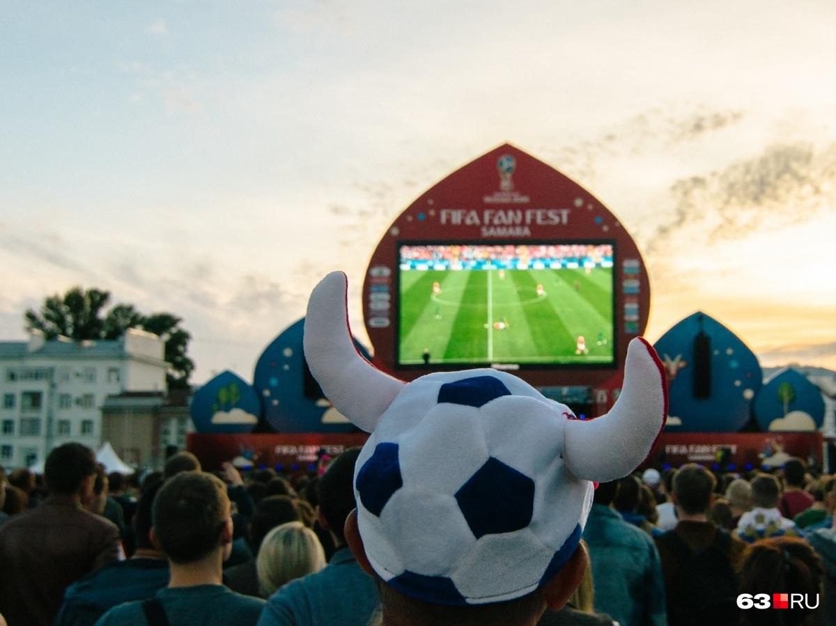 Экран на фестивале болельщиков вызвал много вопросов у ФИФА